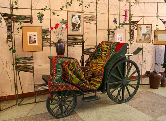 Выставка «Оставить след...», посвящённая 80-летию народного артиста России Ножери Чонишвили. 2006