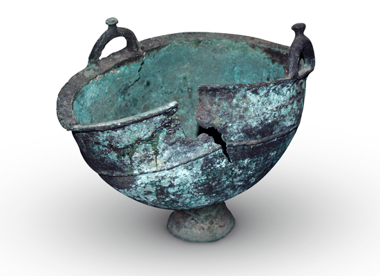A bronze kettle of the early Iron Age. Sargatsky area of Omsk region. Excavation by V. Mogilnikov