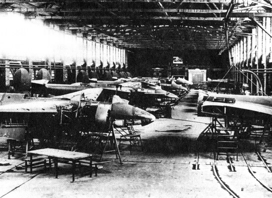 Tupolev Tu-2 aircraft's assembly