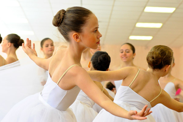A lesson in the school of arts in Omsk