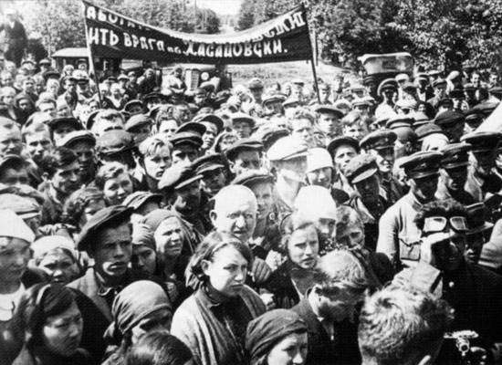 Патриотический порыв омичей в первые дни войны
